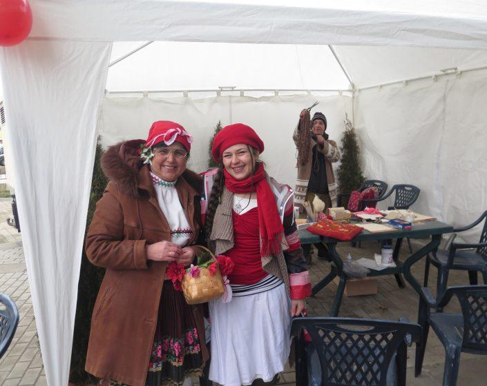 Баба Марта на пазар Връбница